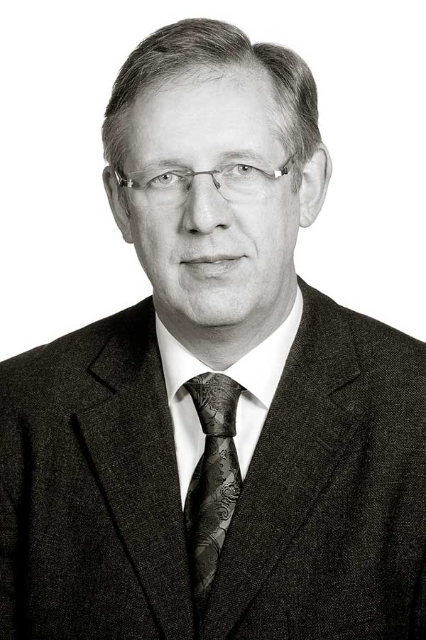 Karl-Heinz Höls